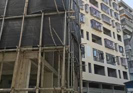 李家湾旁边(电梯房) 面积:120平、133平 售价:18万--23万(有楼层可选) 付款方式:首付8万、余款分期