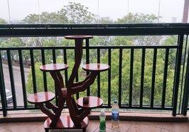 現代城精裝 湖景 三房出售 擰包入住
